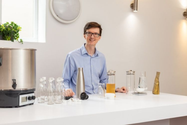 Tom, head of tea at JING, experimenting with sparkling tea recipes in our head office tasting room (2)