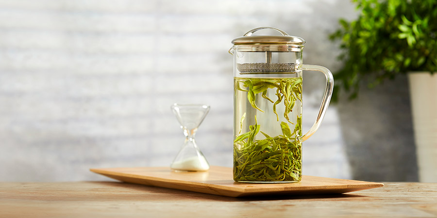 Baojing Gold Green Tea - naturally cooling and currently at it's freshest.