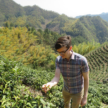 Tom in the garden last year - Yongan Garden is in the mountaineous area just outside Hangzhou City