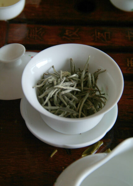 Preparing-Silver-Needle-with-a-gaiwan-or-tea-bowl-helps-you-to-engage-with-the-flavour---and-notice-the-changes-with-each-infusion