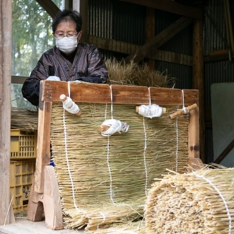 Mrs Miyazaki is one of only three people in the valley still weaving this traditional rice straw canopy for shading their gyokuro tea bushes.