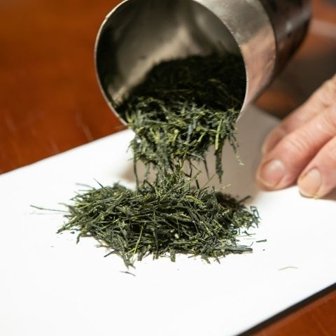Japanese green teas like our Gyokuro are steamed to lock in a vegetal taste and deep umami