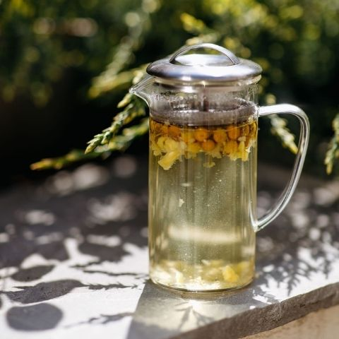 Our Chamomile comprises the very freshest and highest quality flowers
