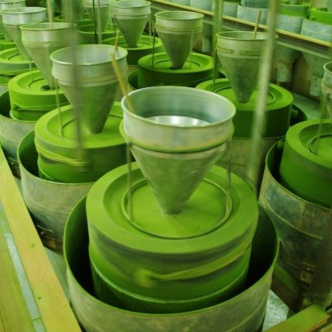 Matcha being ground in Uji, Kyoto, using traditional mikage stone mills to create a fine powder