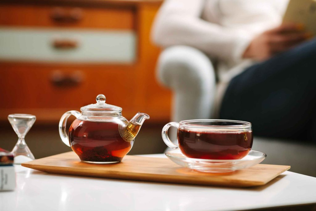 One Cup Teapot Set on Coffee Table
